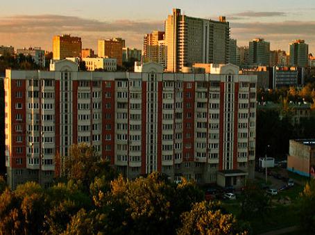 Сентябрьская «вторичка»:  дешевые варианты жилья смещаются к Подмосковью