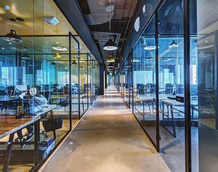 Коворкинги: преимущества в сравнении с обычными офисами — Фото