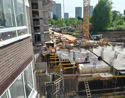 Ход строительства жилых корпусов в микрорайоне «Одинбург»  - Фото