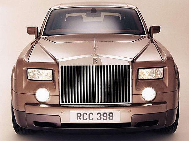 Моя прелесть: какие автомобили можно купить по цене квартиры в Москве