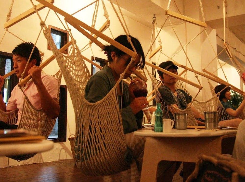 Кофе с изюминкой: 9 самых креативных кофеен мира