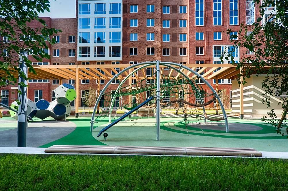 Датская компания Kompan разработала безопасные игровые площадки для квартала SREDA