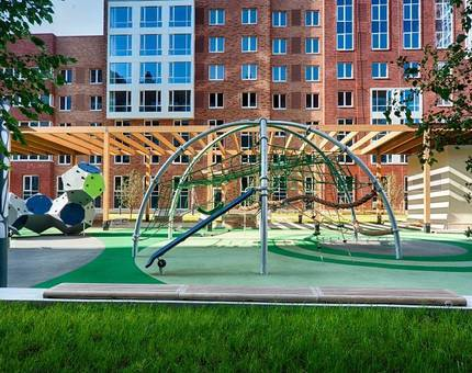 Датская компания Kompan разработала безопасные игровые площадки для квартала SREDA - Фото