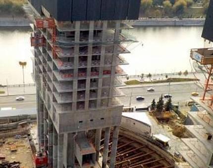 В комплексе небоскребов с квартирами Capital Towers монолитные работы достигли 20 этажа - Фото