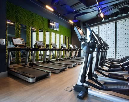 В ЖК ЛИЦА открылся самый большой фитнес-клуб сети Encore Fitness  - Фото