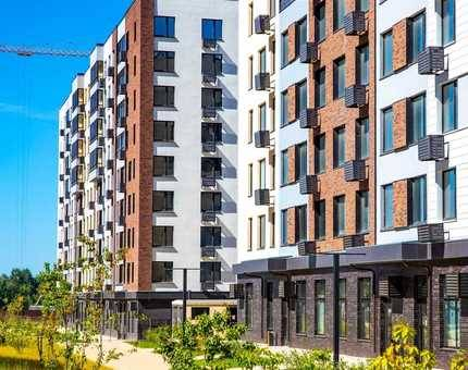 Более 200 семей получили ключи от квартир во введенных домах  ЖК «Испанские кварталы»  - Фото