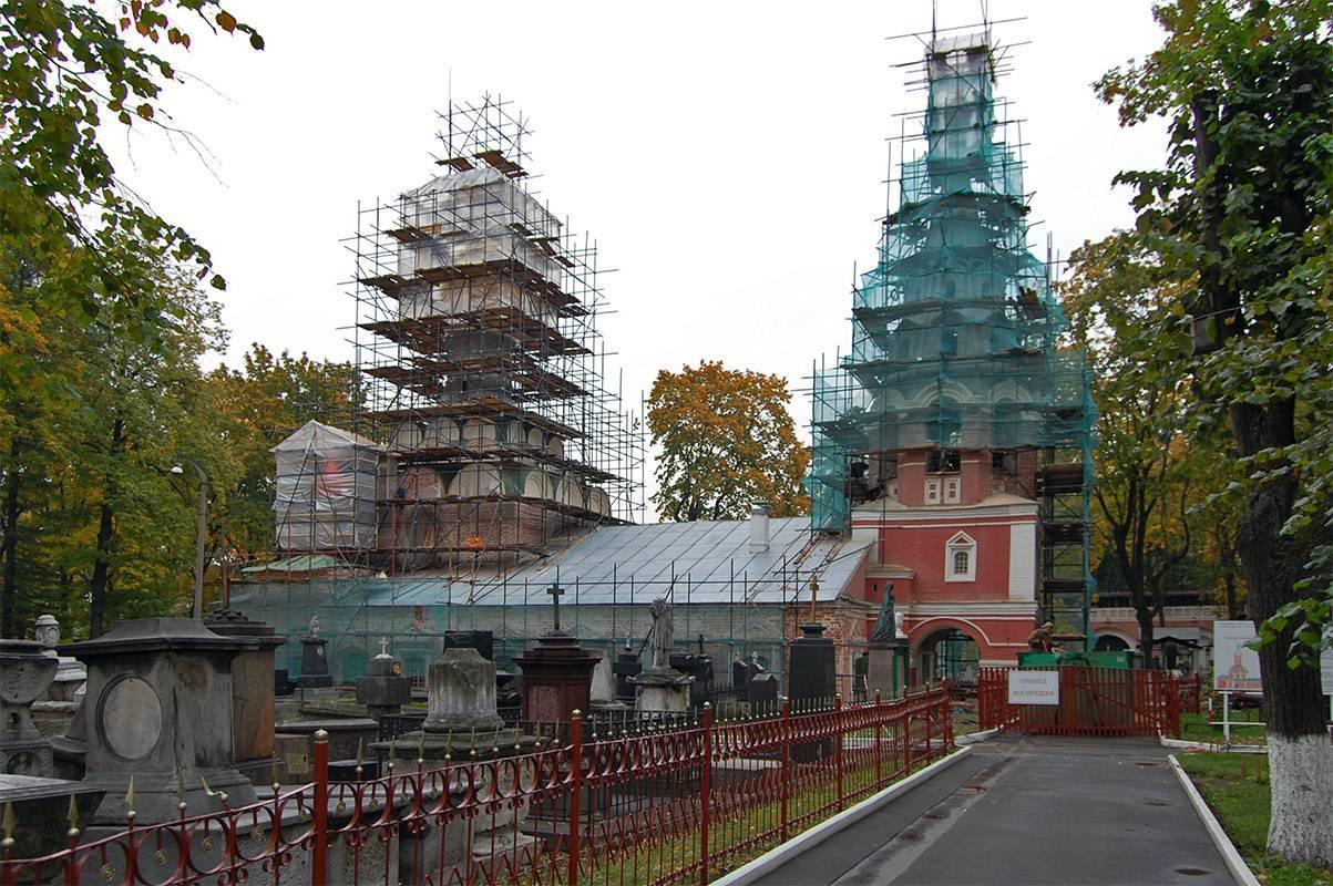 РПЦ хочет переносить кладбища ради реставрации церквей
