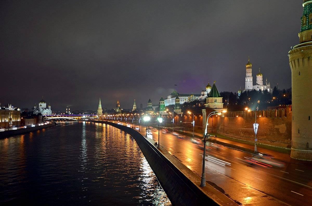 После реконструкции открыли Кремлевскую набережную