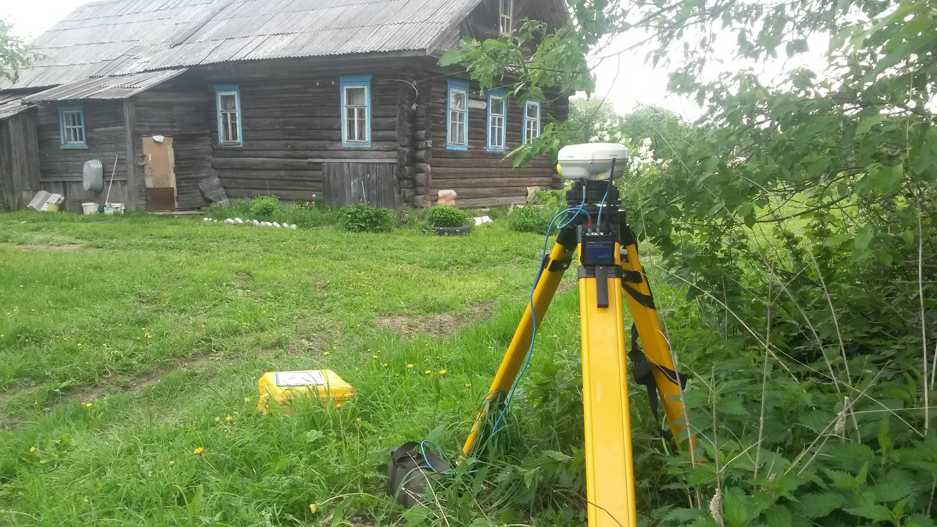 У половины дачных участков в России отсутствуют границы