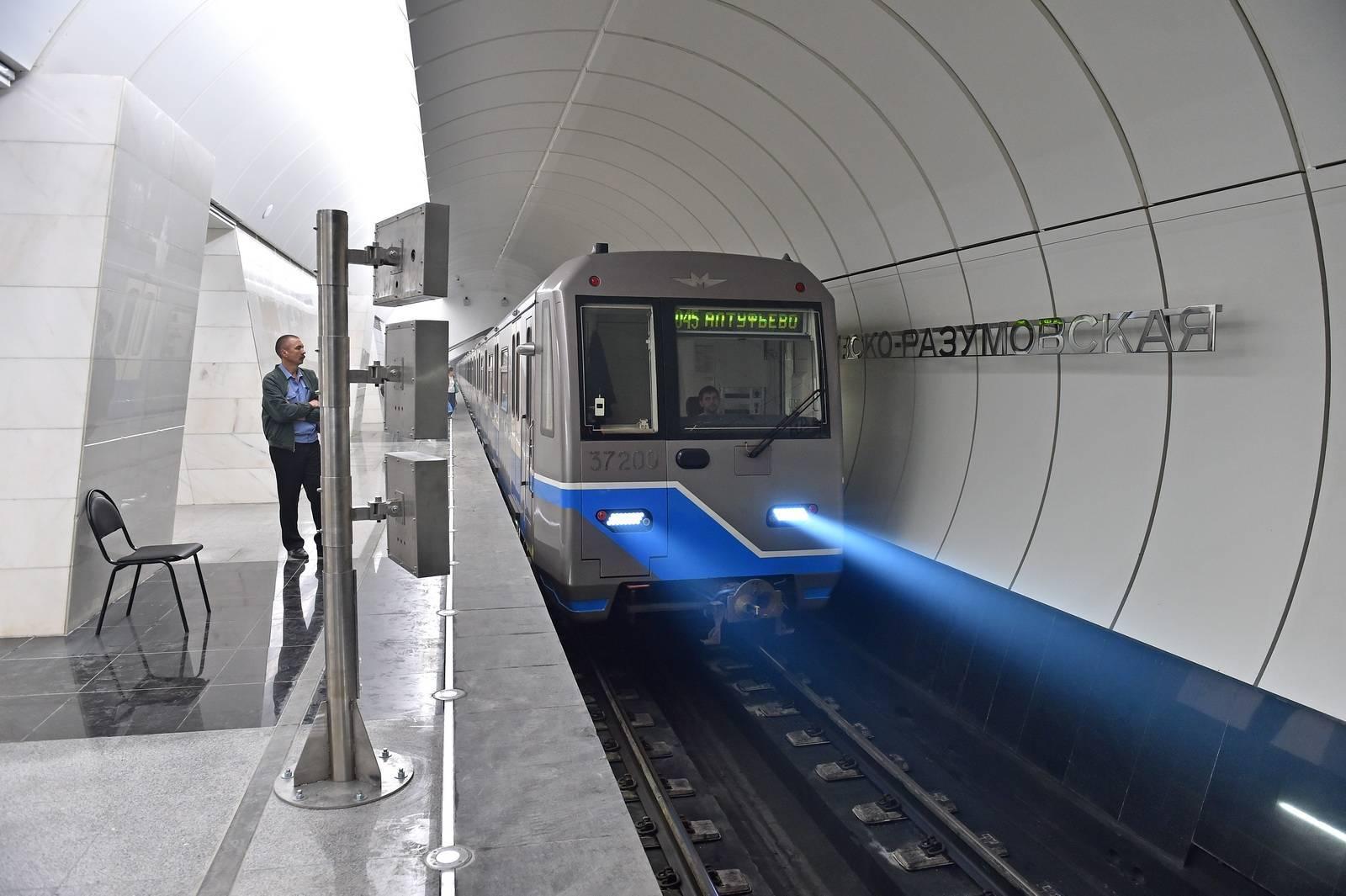 Пассажиры новых станций «салатовой» ветки сэкономят в пути до 22 минут