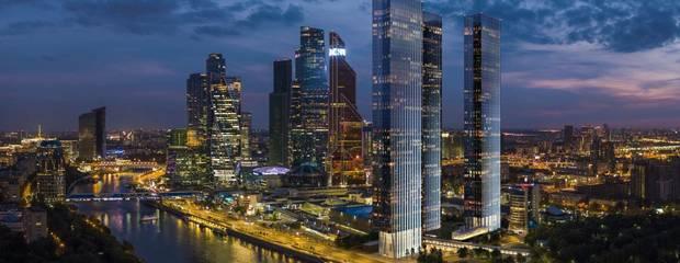 Небоскребы Capital Towers компании Capital Group оценили на международной премии в сегменте люкс  - Фото