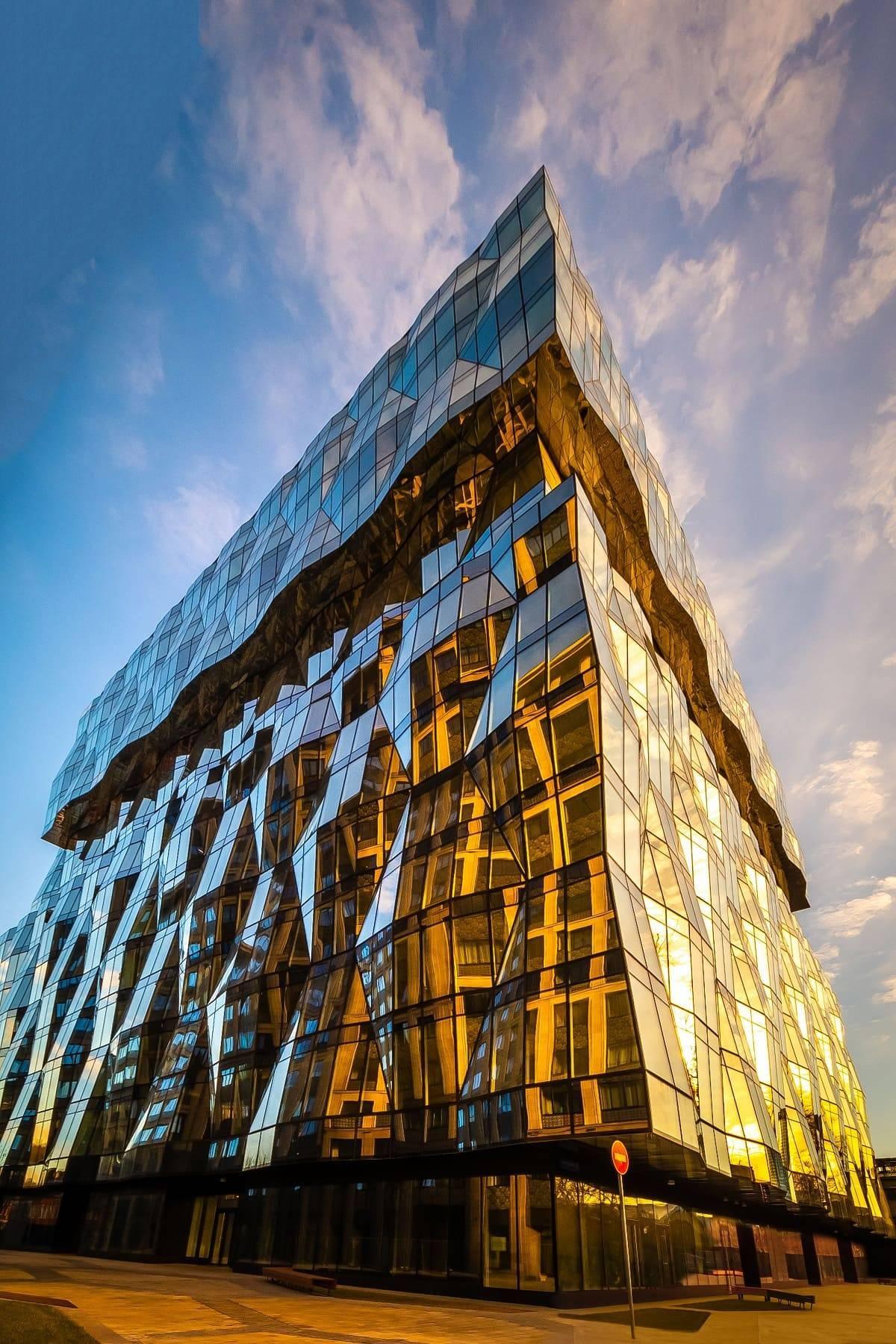 «Галс-Девелопмент» нашел арендатора на 17 669 кв. м в бизнес-парке «Искра»