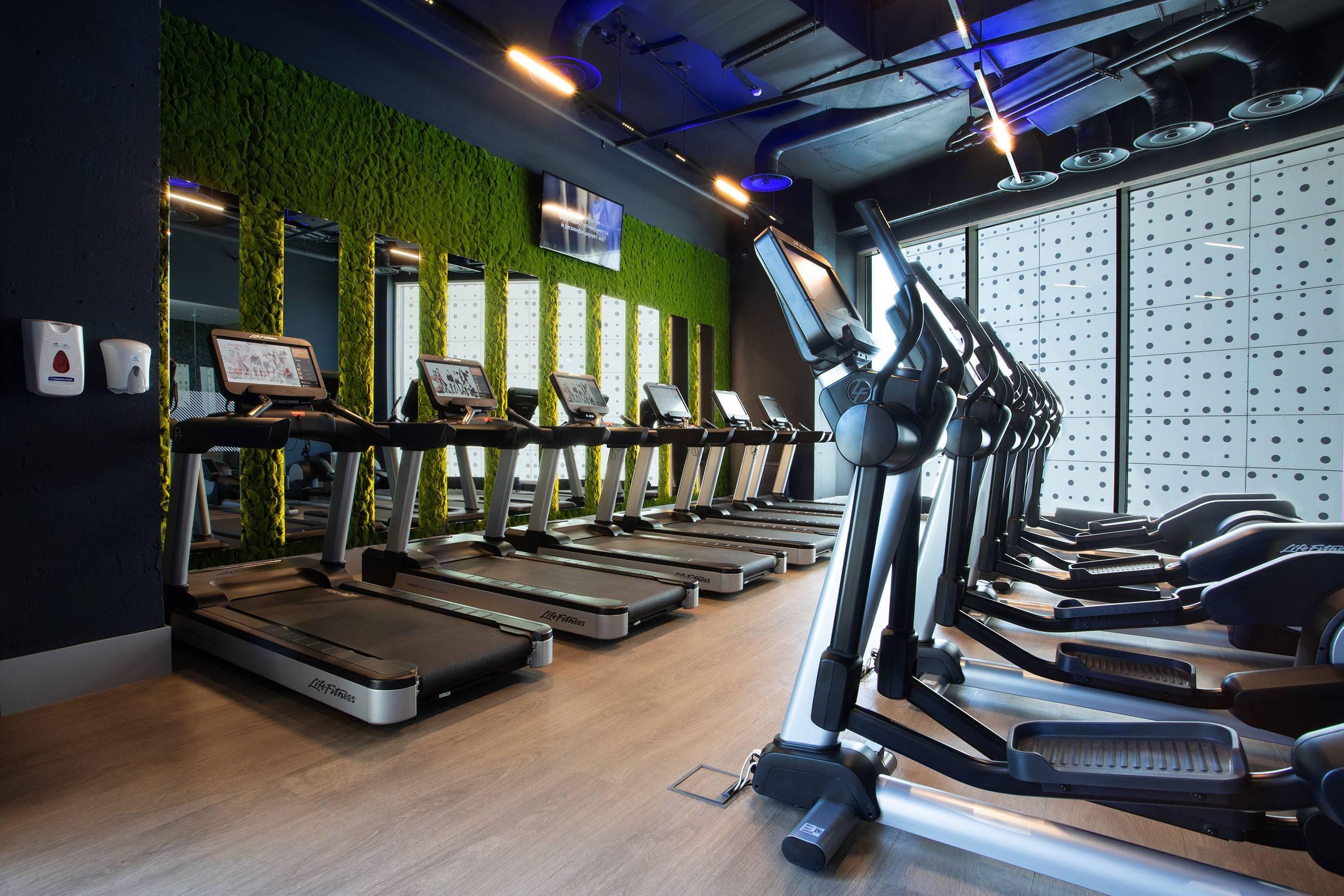 В ЖК ЛИЦА открылся самый большой фитнес-клуб сети Encore Fitness