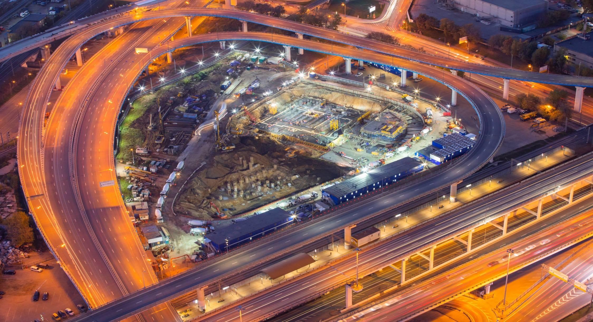 Объем бетона для строительства 15-этажного дома был уложен за 2 дня в фундамент небоскребов iCITY