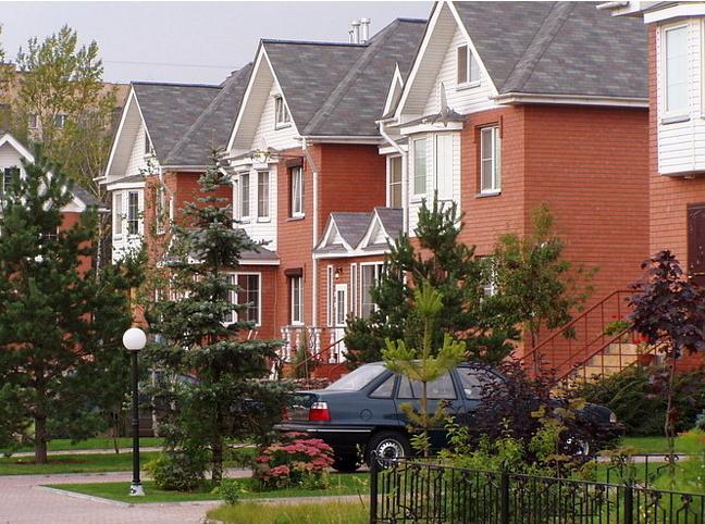 На рынке загородной недвижимости Подмосковья таунхаусы  – самый востребованный продукт