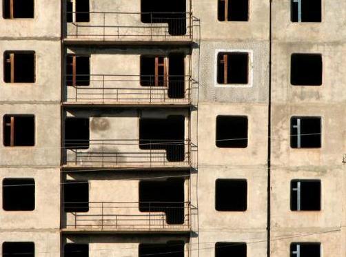 Строительство жилья в России тормозится из-за дефицита стройматериалов