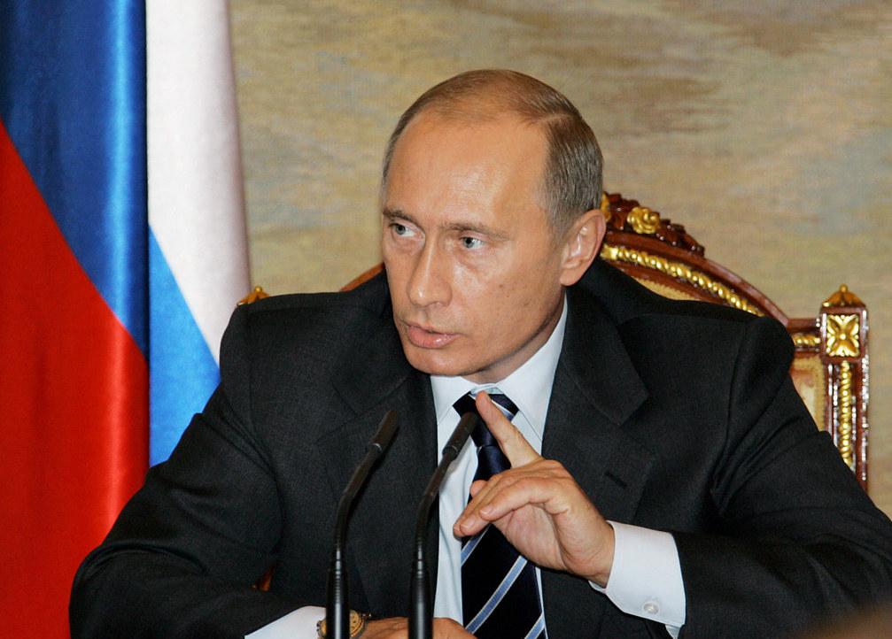 Путин поручил опубликовать график постройки домов для погорельцев в интернете