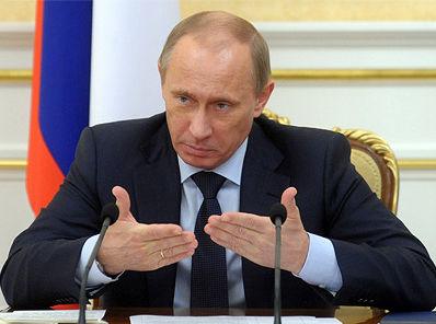 Путин поручил фонду РСЖ выделять землю под строительство общежитий