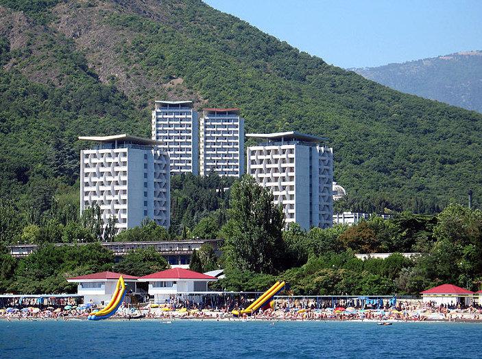 Санатории Крыма могут сдать инвесторам по рублю за штуку