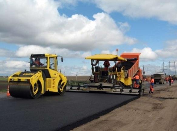 В России на треть сокращают расходы на строительство дорог