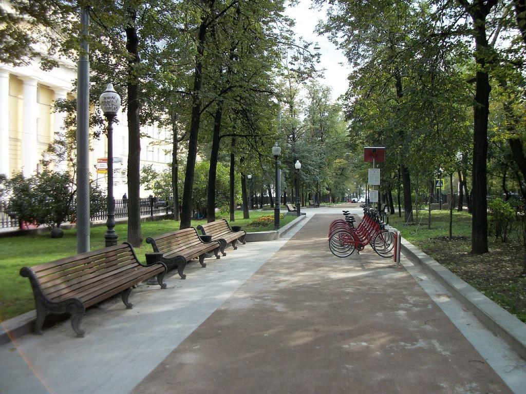 Вдоль Бульварного кольца появится единая пешеходная зона