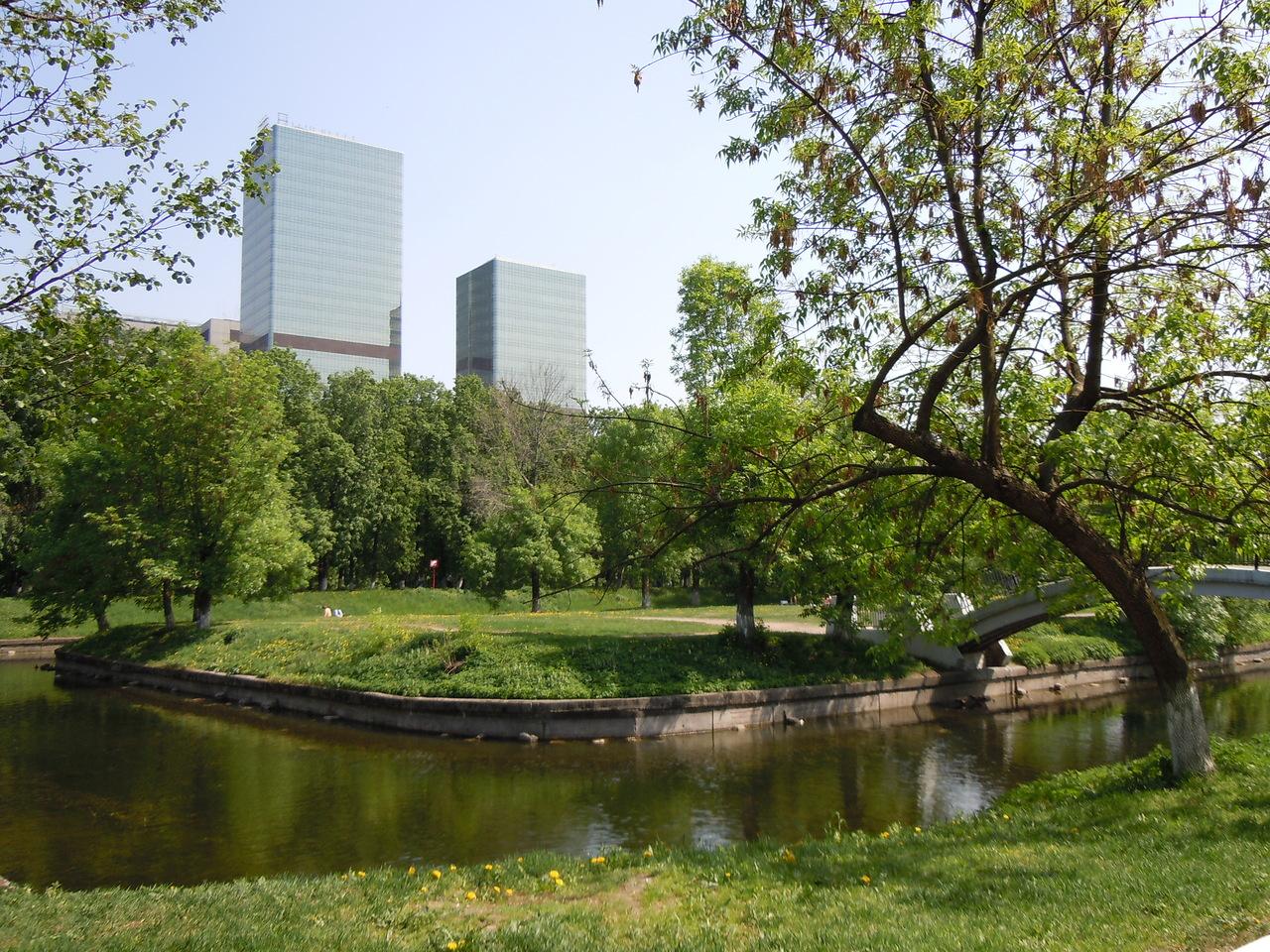 Красногвардейские пруды и парк Красная Пресня станут единой зоной отдыха