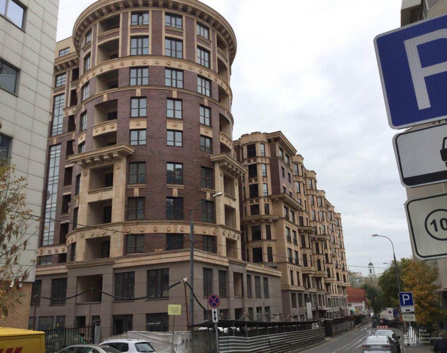 В центре Москвы возвели жилкомплекс с апартаментами для управделами президента РФ