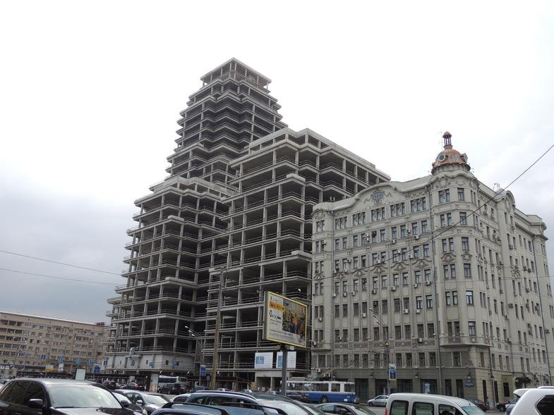 В Москве разобрались с 23 долгостроями